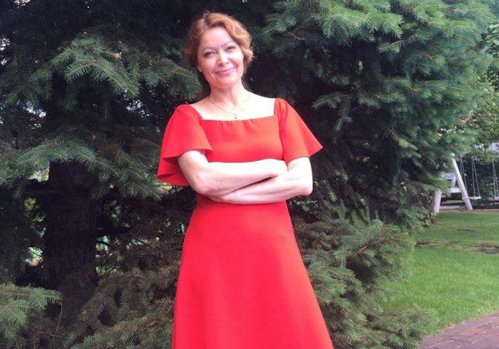 Телеведущая Елена Любченко